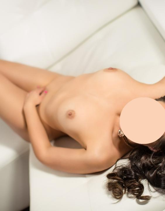 SOFIE 27 LET  Escort Prague 284 810 262