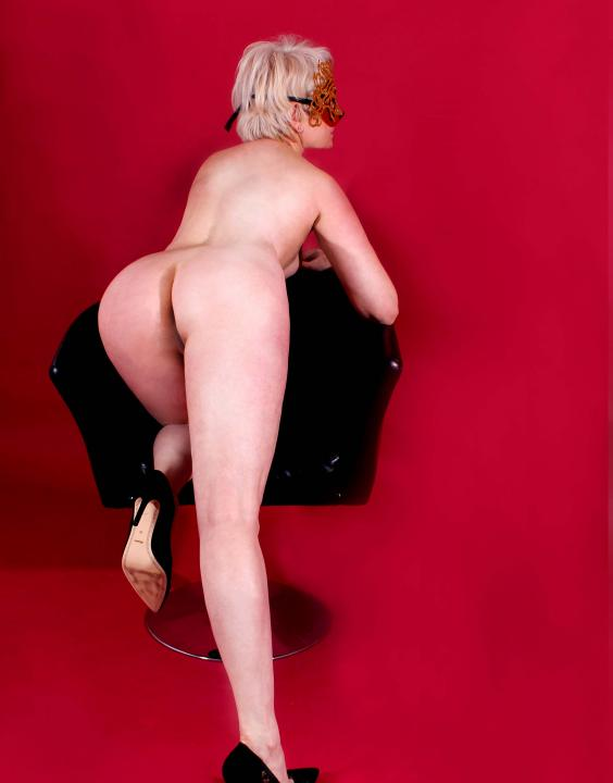 Camilla  Escort Prague +420608363404
