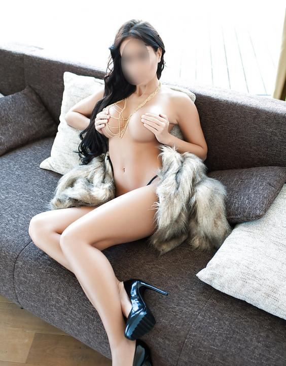 HOT Abby - NEW  Escort Prague +420 739 875 134 (WhatsApp) Leon Escort Prague