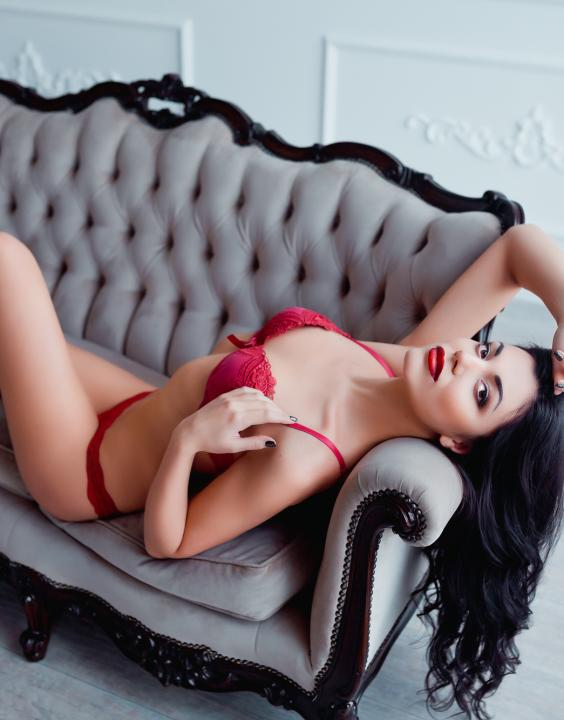Isabella  Escort Prague +420773223326 Number One Massage