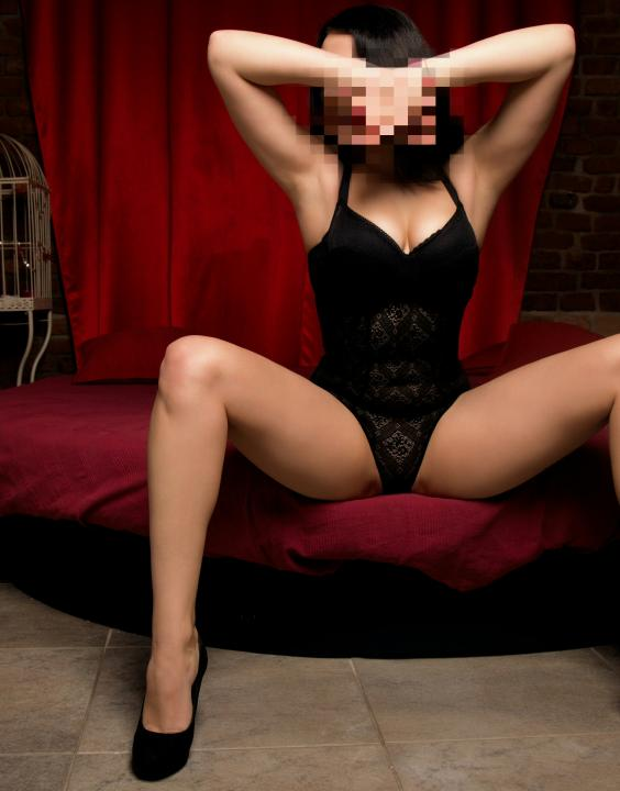 Lolita  Escort Prague +420727855109 egyptianmassage