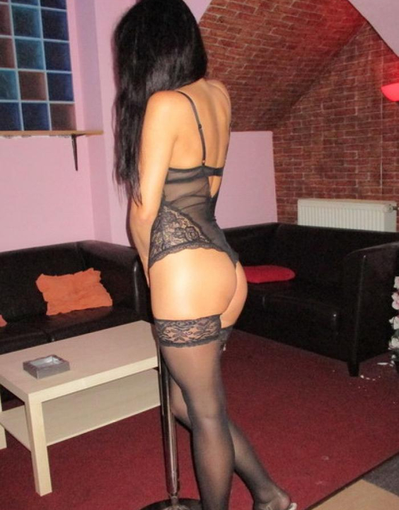 Evelin  Escort Prague +420 733 121 022