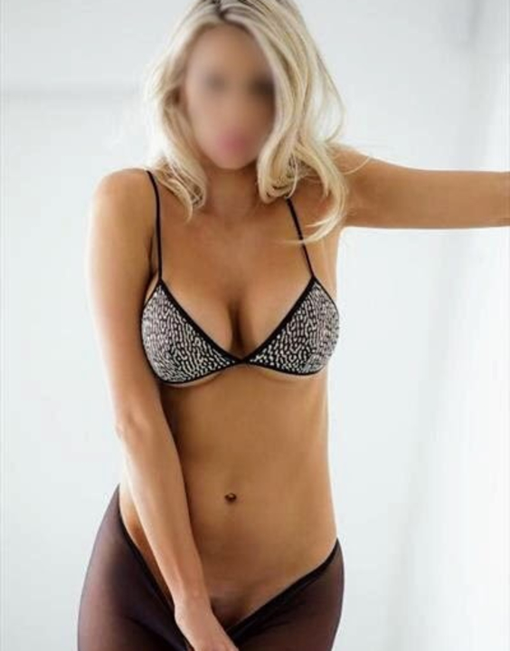 Julie  Escort Prague +420774269878 Eliska